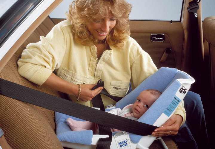 First ever Maxi-Cosi rearward facing carseat.